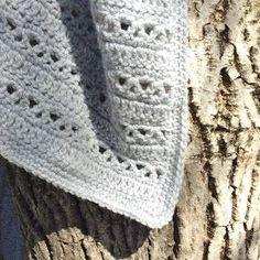 Kat Kat Katoen: Monochrome baby blanket - Free pattern in Dutch and English Love Crochet, Crochet For Kids, Diy Crochet, Crochet Flowers, Baby Afghan Crochet, Baby Afghans, Crochet Scarves, Crochet Blankets, Baby Blankets