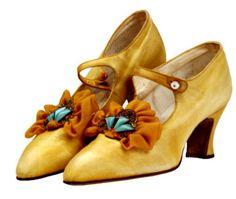 satin shoes with filigree & rosette, 1923 #vintage