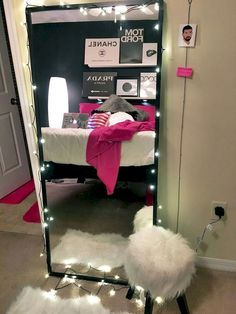 Nice 50 DIY College Apartment Decoration Ideas on A Budget https://decorapartment.com/50-diy-college-apartment-decoration-ideas-on-a-budget/