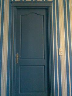 Двери • дверь • двери лофт • дверь лофт • межкомнатная дверь • двери межкомнатные • двери в интерьере • дверь в гардеробную Tall Cabinet Storage, Doors, Modern, Home Decor, Trendy Tree, Decoration Home, Room Decor, Home Interior Design, Home Decoration