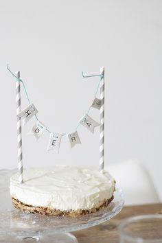 Healthy lemon cheesecake Feel Good Food, Love Food, Baking Bad, Celebrate Good Times, Just Bake, Party Food And Drinks, Sweet Pie, Lemon Cheesecake, Happy Foods