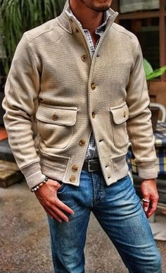 Men's casual jackets. Jackets can be a very important part of every man's wardrobe. Men need to have jackets for several circumstances as well as some varying weather conditions