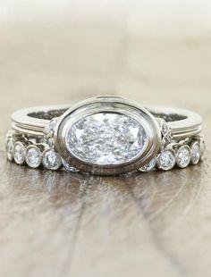 Wedding Rings Vintage, Vintage Engagement Rings, Wedding Jewelry, Vintage Diamond Rings, Wedding Bands, Vintage Rings, Three Stone Engagement Rings, Diamond Engagement Rings, Oval Engagement