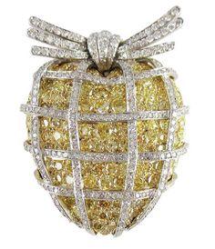 Platinum, Gold, Canary Yellow and White Diamond 'Wrapped Heart' Brooch, Verdura Photo courtesy of Verdura
