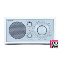 Tivoli Model One Tischradio weißfoliert-silber . 199,00 €