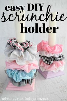 Make this EASY DIY scrunchie holder. Such a great way to display all your scrunchies. You only need a few supplies and a few minutes to make this! scrunchie with bow no sew DIY Scrunchie Holder Diy Crafts For Teen Girls, Fun Diy Crafts, Diy Crafts Videos, Diy For Teens, Diy For Kids, Crafts To Make, Diy Teen Projects, Teen Summer Crafts, Money Making Crafts
