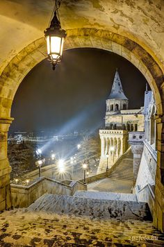Fisherman's Bastion #Budapest  Its seven towers represent the seven Magyar tribes that settled in the Carpathian Basin in 896.     The Bastion takes its name from the guild of fishermen that was responsible for defending this stretch of the city walls in the Middle Ages. It is a viewing terrace, with many stairs and walking paths.  Destination: the World