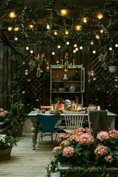 Tea Party !! Alice in Wonderland Deck Decor #Alice #Wonderland #AliceInWonderland #4MyFunHouse shared by @Neferast #Neferast