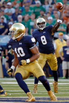Malik Zaire #8 of the Notre Dame Fighting Irish passes to Max Redfield #10 against the Texas Longhorns during the first quarter at Notre Dame Stadium on September 5, 2015 in South Bend, Indiana. (Sept. 4, 2015 - Source: Jon Durr/Getty Images North America)