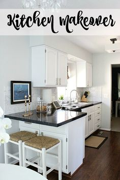 DIY kitchen makeover classic combination: black countertops & white…