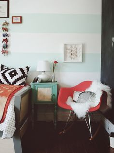 Stripes and pops of color - Fox Home Design Interior Desing, Home Interior, Bathroom Interior, Design Bathroom, Bathroom Ideas, Home Bedroom, Bedroom Decor, Bedrooms, Bedroom Colors