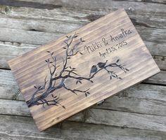 Wood Burning Stencils, Wood Burning Crafts, Wood Burning Patterns, Wood Burning Art, Wood Crafts, Memories Box, Wood Burn Designs, Pyrography, Love Birds