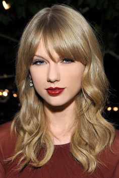 Taylor Swift, red on blonde Please visit our website @ http://22taylorswift.com