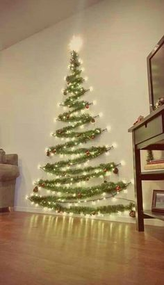 RA-HOMESTORE Perfect Hessian Christmas Tree Skirt