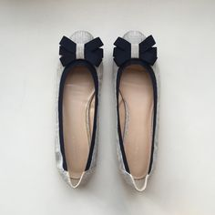 Navy Bow Flats Adorable flats with navy colored bows at the toe! Banana Republic Shoes Flats & Loafers