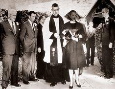 Legendary Clark Gable :: Misc :: Gable's Death Lisa Marie Presley, Priscilla Presley Wedding, Elvis And Priscilla, Tennessee, Mississippi, Night Before Wedding, Elvis Wedding, Elvis Presley Family, Inexpensive Wedding Venues