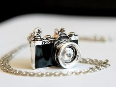 Camera Necklace (N061) - Go Shooting