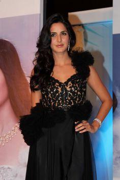 Bollywood, Tollywood & Más: Katrina Kaif Nakshatra Diamonds