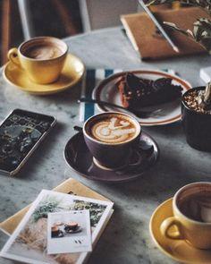 30分早起きして 1)ちゃんとした朝ごはん、2)ジム、3)読書、4)家事を一気に済ます、5)朝カフェ *良い1日のスタートを
