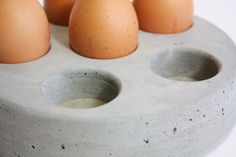 An ultra modern kitchen accessory, house your fragile, natural eggs, in cool hard concrete, a great addition for the contemporary home.Has 4 cork feet to protect your surfaces ! Cement Art, Concrete Cement, Concrete Crafts, Concrete Projects, Concrete Design, House Kitchenware, Contemporary Candles, Contemporary Furniture, Unique Floor Lamps