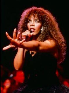 Rock Groups, We Fall In Love, Fleetwood Mac, Motown, Female Singers, People Photography, Female Celebrities, Marilyn Monroe, Music Artists