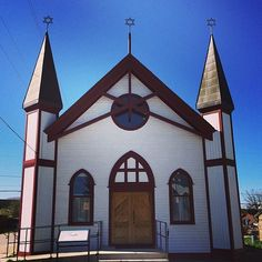 Instagram photo by @preservecolorado. The Temple Israel synagogue in Leadville, CO was reconstructed after a fire. #statehistoricalfund #preserveco #leadvilleCO #historicpreservation