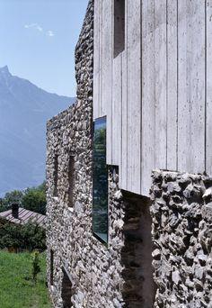 Savioz Fabrizzi Architecte . renovation, Chamoson