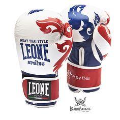 """Gants de boxe Leone 1947 """"Muay Thaï"""" Blanc http://www.barbariansfightwear.com/fr/gants-de-boxe-/466-gants-de-boxe-leone-1947-muay-thai-blanc.html"""