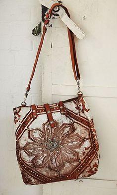 Cora shopper   Artisan-made by Campomaggi, Italy   Plümo Baggage, Carry On 3168780462