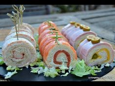 Canapés rolls with mold bread ~. Appetizers For Party, Appetizer Recipes, My Recipes, Cooking Recipes, Mini Sandwiches, Salty Foods, Mini Foods, Barbacoa, Antipasto