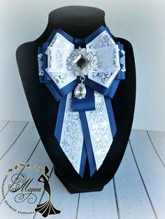Ribbon Jewelry, Ribbon Art, Fabric Ribbon, Old Jewelry, Ribbon Crafts, Ribbon Bows, Fabric Flowers, Jewelery, Ribbons