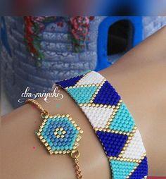 Blue is hope, blue is life için For blue lovers 👉 For information👉Dm . Bead Jewellery, Seed Bead Jewelry, Beaded Jewelry, Hand Jewelry, Loom Bracelet Patterns, Bead Loom Bracelets, Bead Loom Designs, Seed Bead Tutorials, Embroidery Flowers Pattern