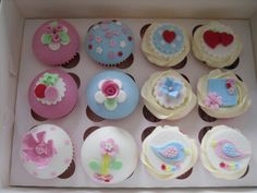 Kath Kidston inspired cupcakes ...