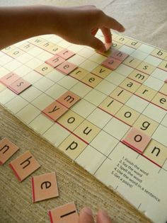 FREE printable scrabble game for kindergarten sight word practice, @ craft nectar. Very nice!