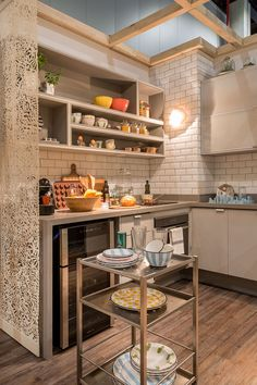6F9B7304_Foto_Julia_Ribeiro High Design, Kitchen Dining, Kitchen Decor, Kitchen Ideas, Sweet Home, Ikea, Compact Kitchen, Luxury Interior Design, Home Decor Wall Art
