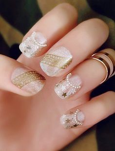 Stars and Pearls Embellished Nail Art ==