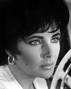 "Elizabeth Taylor in ""The Comedians"" (1967)"