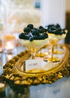Great Gatsby inspired dessert table ~ Creme Brulee & blackberries served on a beautiful oval gold lavished mirror Great Gatsby Party, Great Gatsby Motto, The Great Gatsby, Great Gatsby Themed Wedding, 20s Party, Dessert Oreo, Dessert Table, Gold Dessert, Fruit Dessert