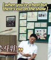 That's me. No one can resist EXO. (Plus, they were dancing to growl in a uniform, nothing is more rare than that)