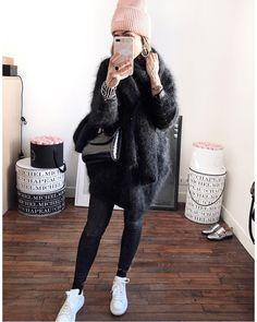 """Audrey on Instagram  """"Jean    Baskets du dimanche ... et de tous les jours  au final 💫 • Bonnet  acnestudios (on  24sevres), • Gilet  despetitshauts  ... 6b07693ed7f"""