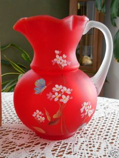 What a great red. Fenton Milk Glass, Fenton Glassware, Antique Glassware, Satin Hands, Painted Wine Glasses, Carnival Glass, Glass Collection, Colored Glass, Glass Art