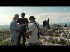 Prince of Peace LIVE -- of Dirt and Grace -- Hillsong UNITED - YouTube