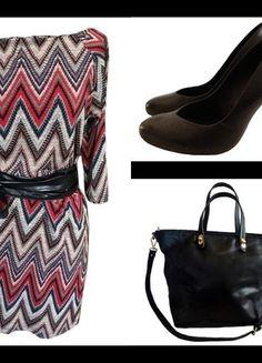 À vendre sur #vintedfrance ! http://www.vinted.fr/mode-femmes/autres-ensembles-and-tailleurs/32907334-outfit-robe-rouge-sac-noir-escarpins-en-cuir-noir