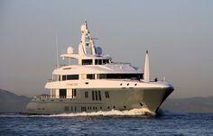 M/Y Flying Fox #yachtorganiser #nobiskrug #superyacht #yacht