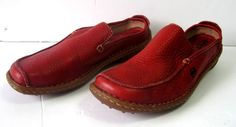 Born Loafers Women's Slip On Shoes Size 7 Leather Red  #Born #LoafersMoccasins