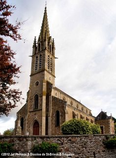 Église St-Étienne, à Saint-Denoual.