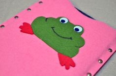 THE  FROG  MADE  ME  DO  IT  !........Gratitude Treasury von Pat Peters auf Etsy