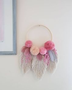 Makrome İpinden Yapraklı Duvar Süsü Yapılışı Makrome İpinden Neler Yap… How to Make Leafy Wall Ornament from Macrame Thread What to Do from Macrame Thread? My Merry Ornament House Diy Crafts For Adults, Diy Home Crafts, Easy Diy Crafts, Diy Crafts To Sell, Decor Crafts, Kids Crafts, Wood Crafts, Wall Ornaments, Pom Pom Crafts