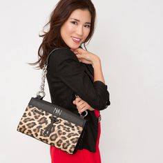 Verve - http://www.miche.com/rep_share/K0NraXdsRWhiUms9/interchangeable-faces/style/verve/verve-classic.html