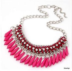 Collier plastron rose perles strass